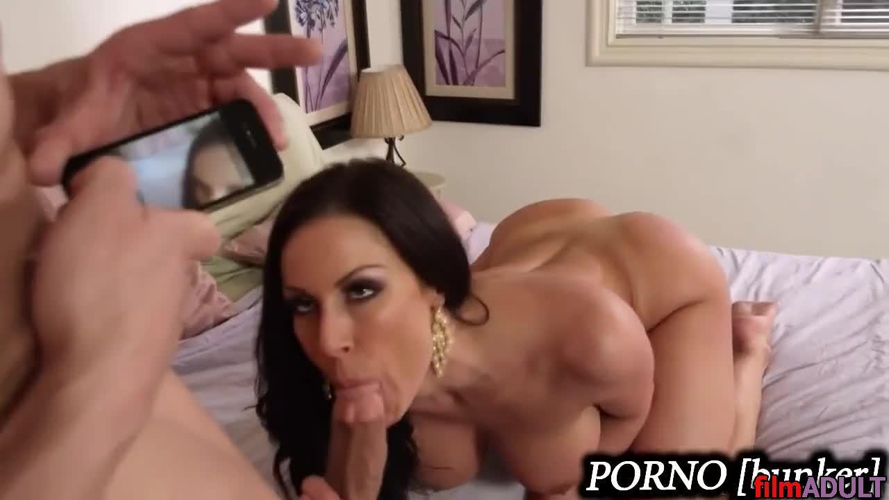 Порно видео для взрослых поимел маму друга