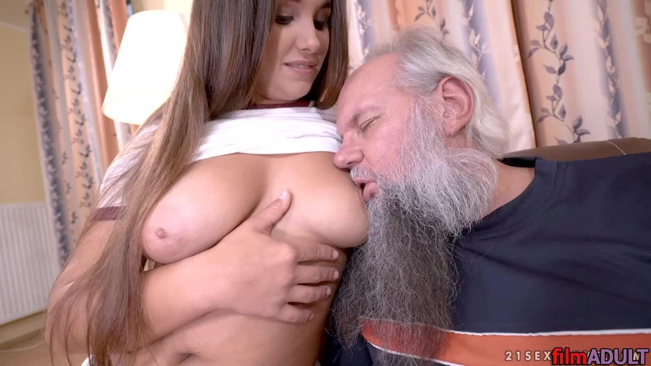 Смотреть порно с толстой внучкой