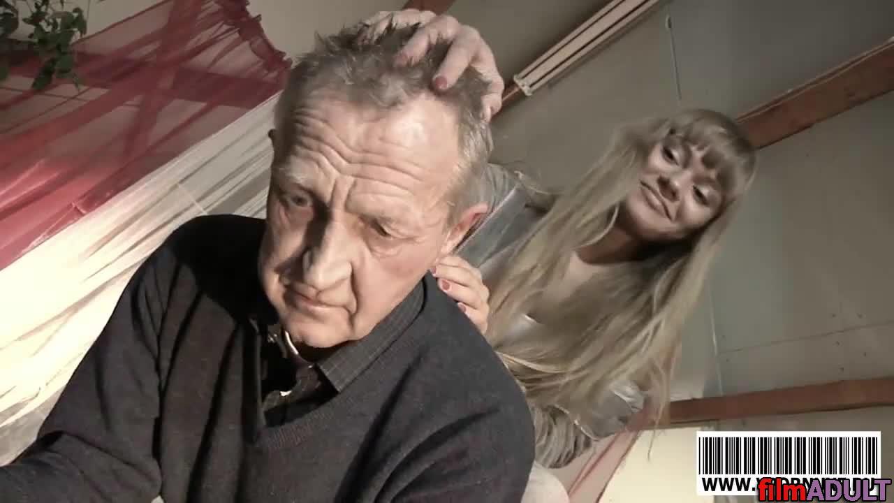 наглый дед и внучка