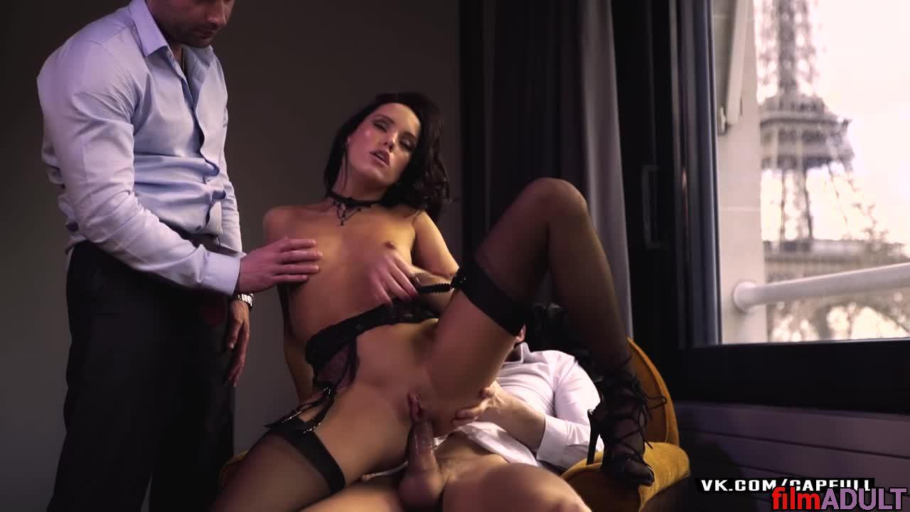 Видео секс жена муж приятель