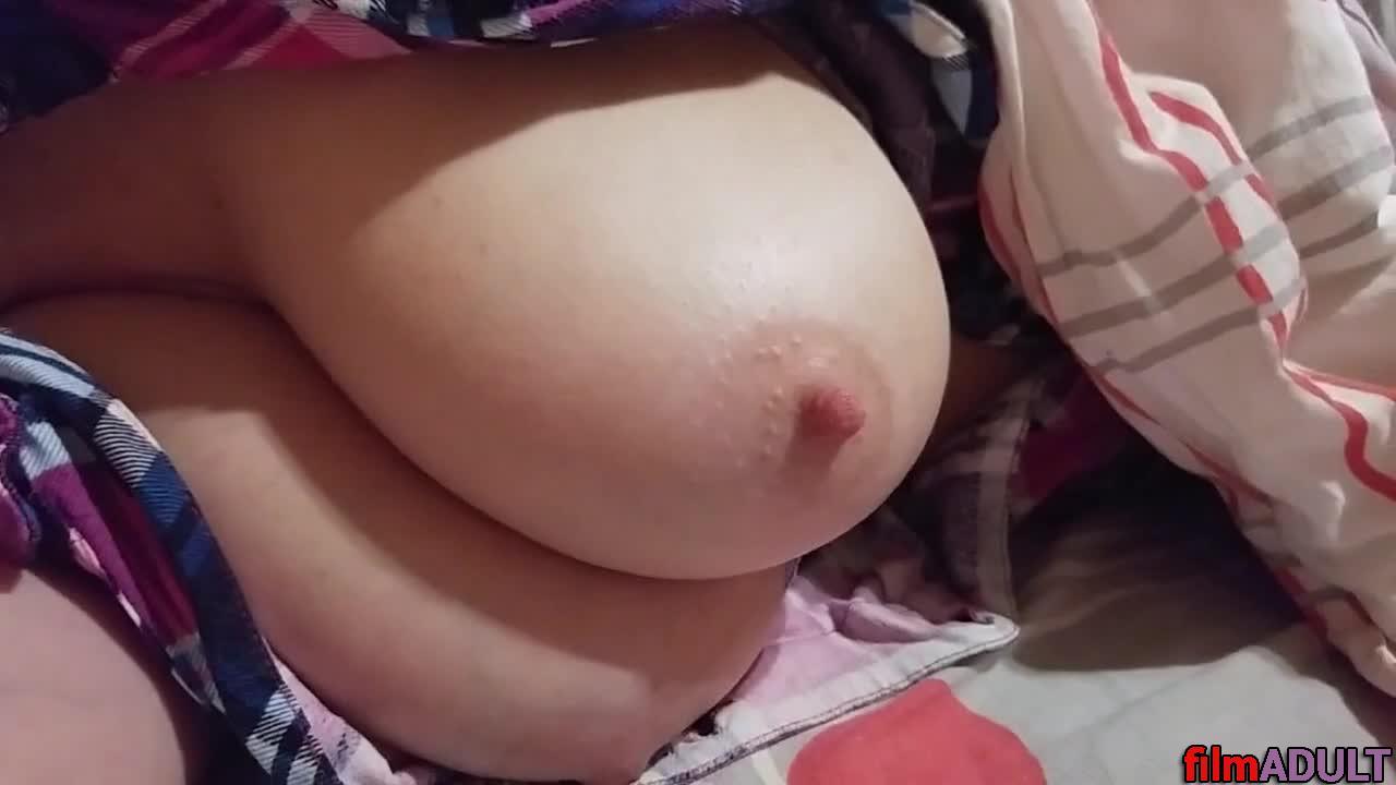 Сост мамины соски видео порно