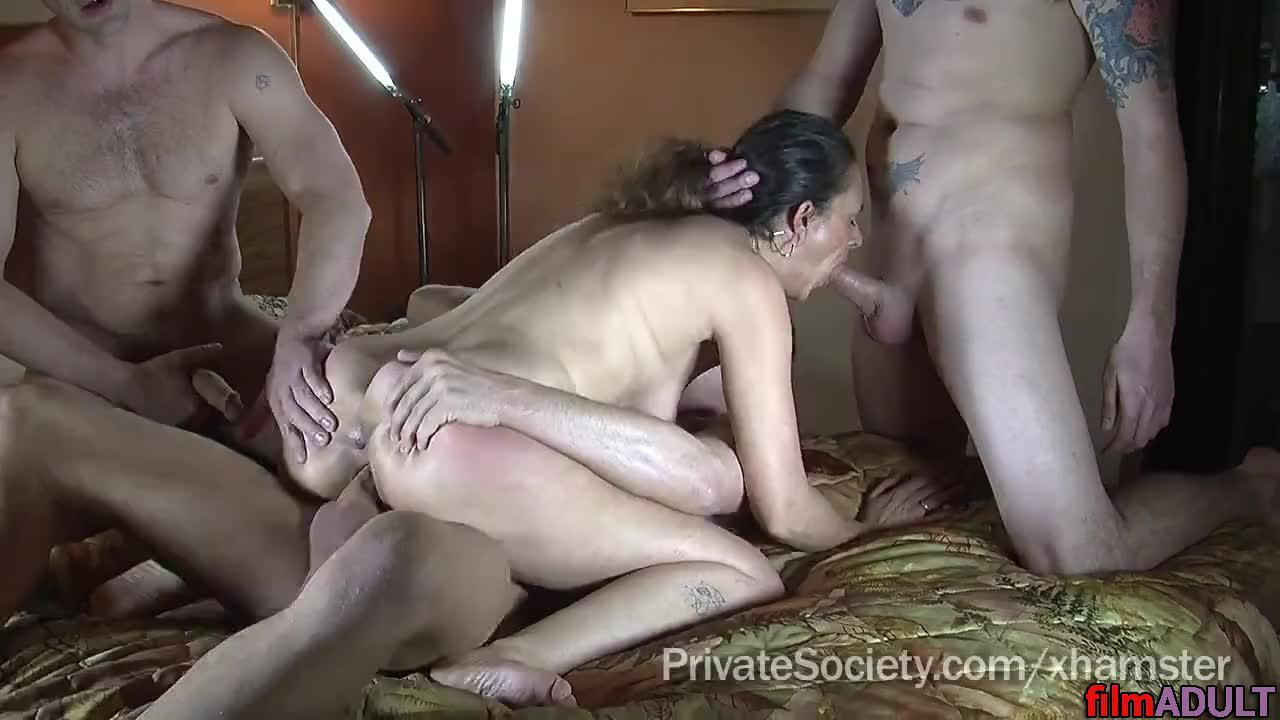 Смотреть секс жену по кругу — photo 8