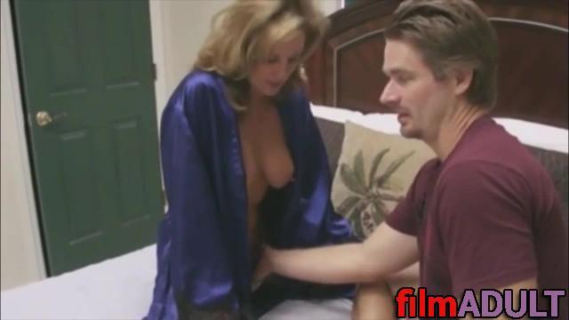 Онлайн попросил у тети секса смотреть любите
