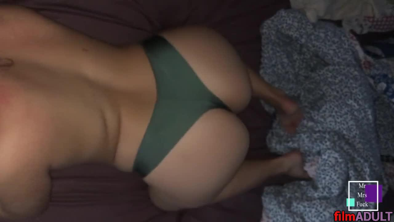 Секс Мамы С Сыном Домашнее Видео
