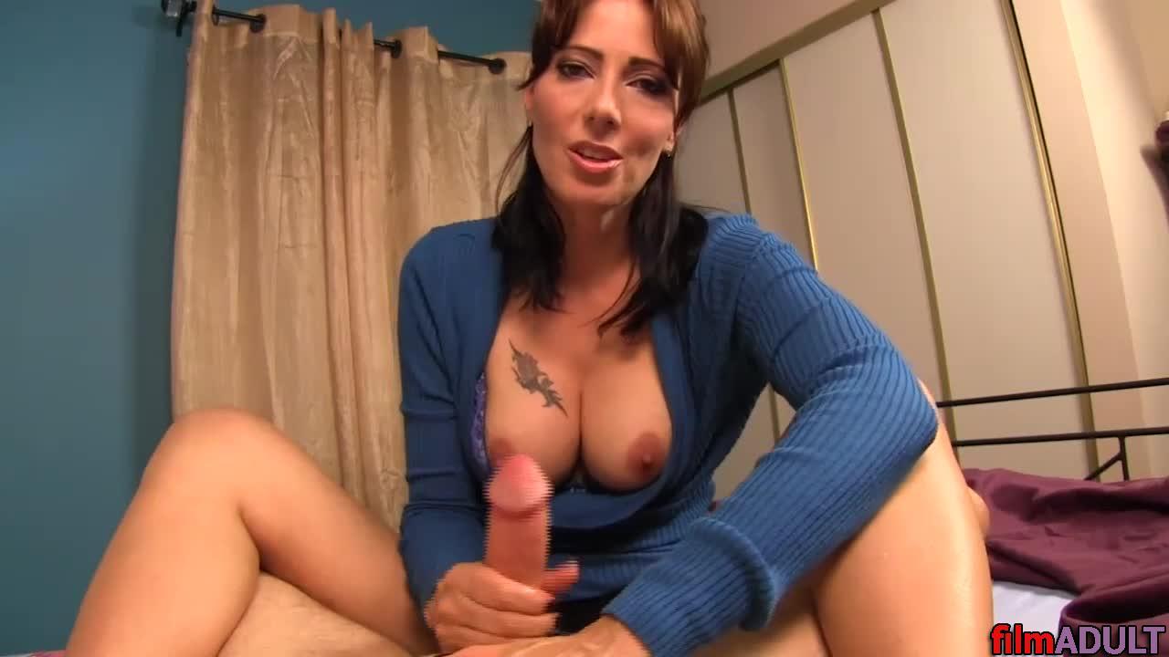 Смотреть эротический порна фильмы сын возбудился и трахнул мать бесплатно