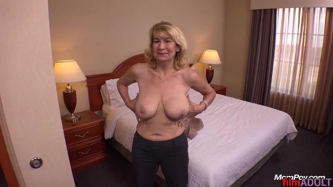 Реальные секс мамочки бабушки с сыном смотреть онлайн